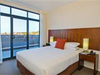 1 Bedroom Deluxe Ocean Apartment - Mantra Wollongong